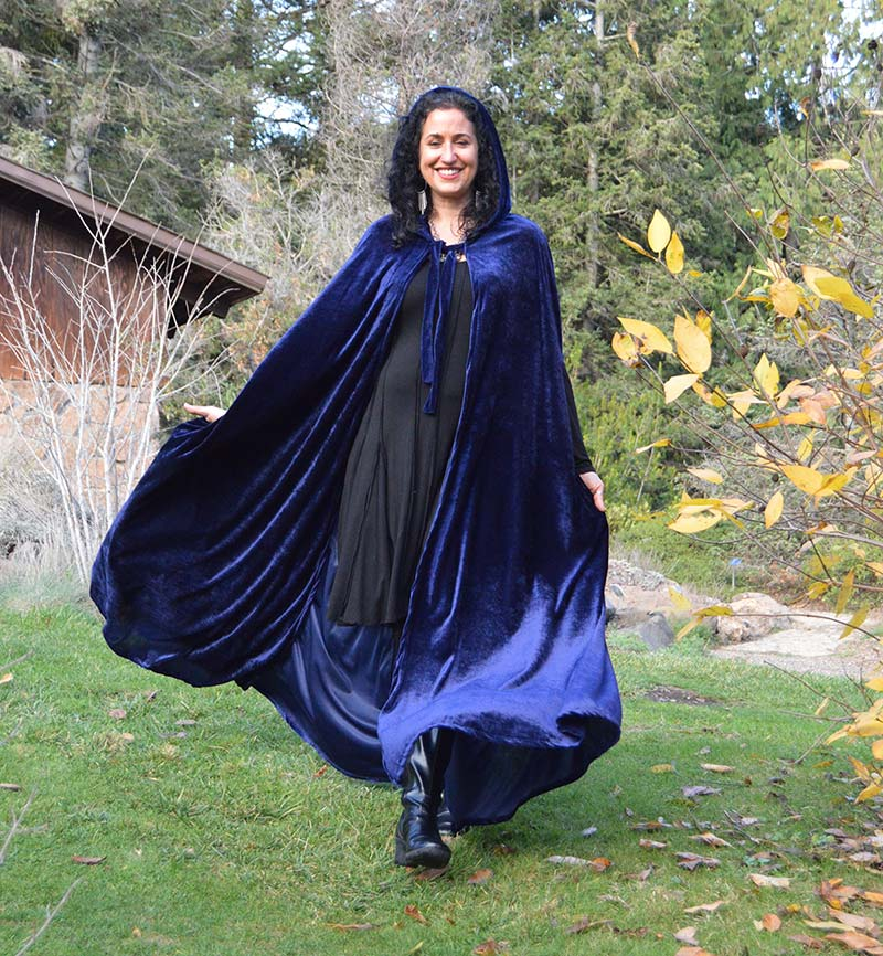 Hooded Cape Cloak Velvet