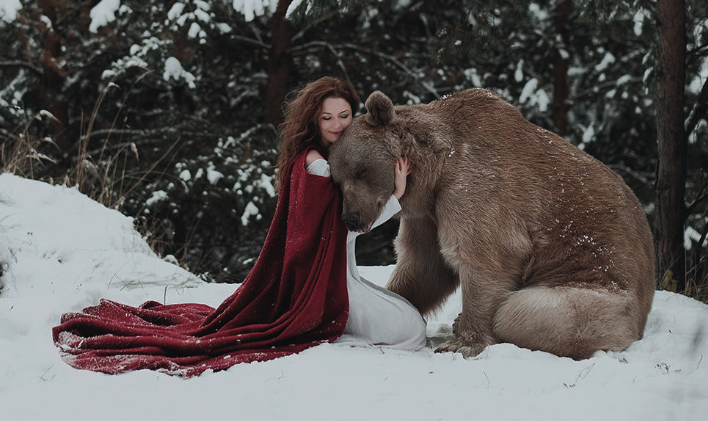 Fairytale Photos with a Living Bear